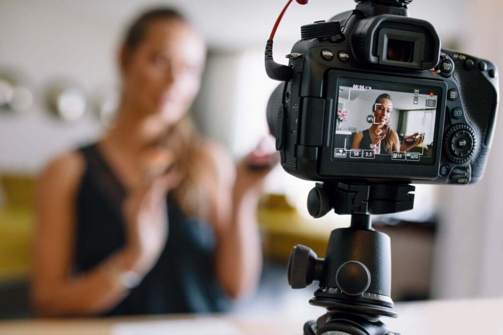 how to vlog successfully