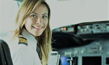 how to become a pilot In india